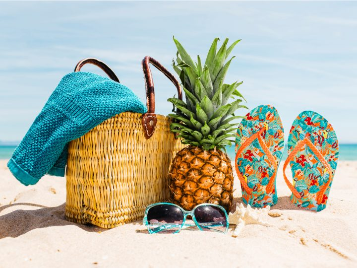Travel the beach with awesome foods