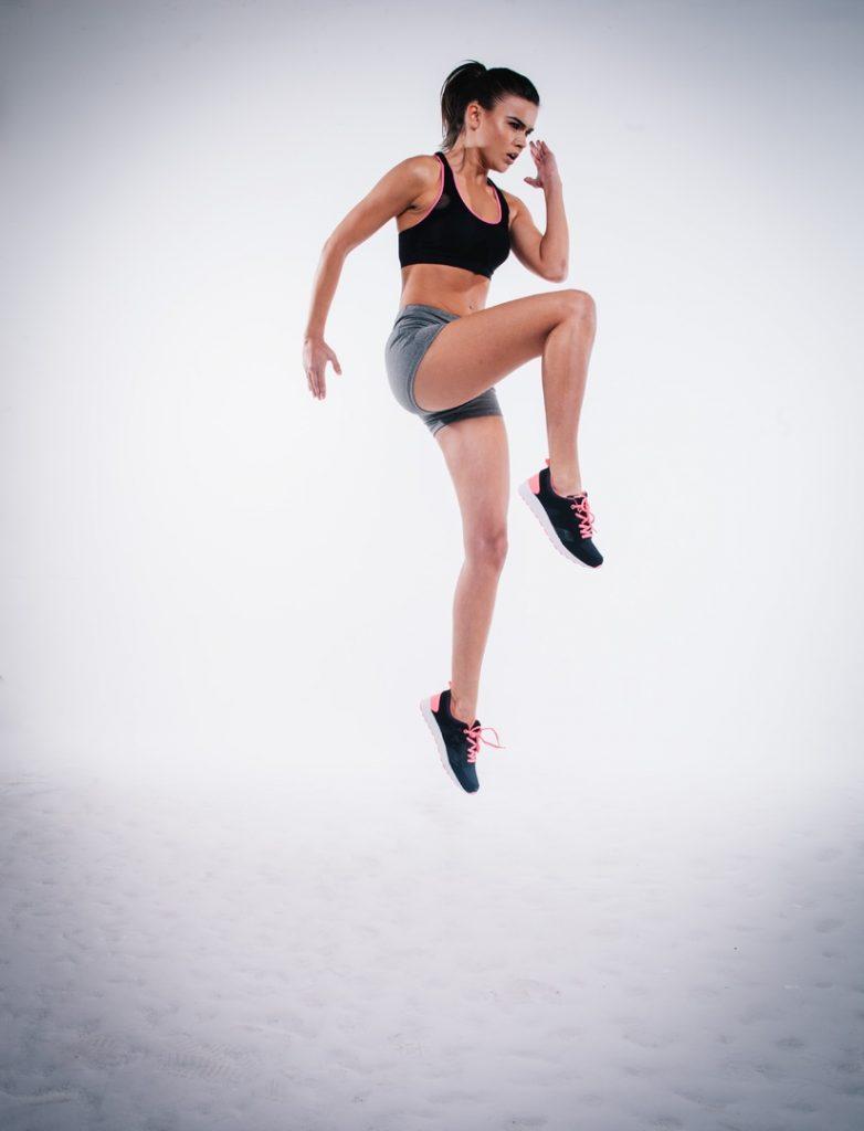 person woman sport running jump jumping 65049 pxhere.com